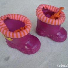 Vestidos Muñecas Españolas: BOTAS BABY BORN. Lote 129552267