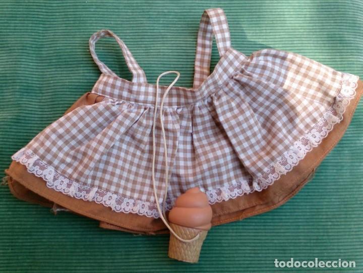 VESTIDO Y HELADO DE CHOCOLATE ORIGINAL MUÑECA TONOS FAMOSA (Juguetes - Vestidos y Accesorios Muñeca Española Moderna)