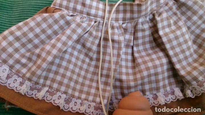 Vestidos Muñecas Españolas: Vestido y helado de chocolate original muñeca Tonos Famosa - Foto 3 - 152421402