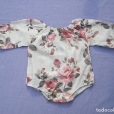 Vestiti Bambole Spagnole: BODY DE TELA DE FLORES, PARA NIÑA O MUÑECA REBORN. Lote 131696470