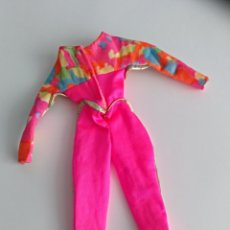 Vestidos Muñecas Españolas: TRAJE BARBIE SKI AUTÉNTICO. Lote 133624829
