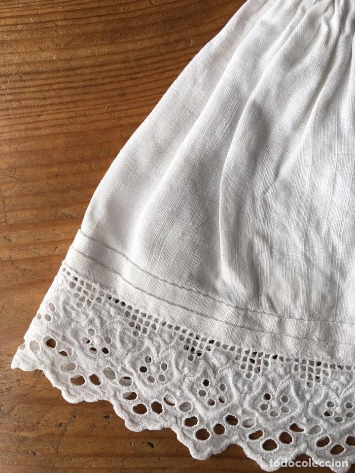 Vestidos Muñecas Españolas: Muy antiguo traje regional de indumentaria tradicional de muñeca s. XIX - Manteo agremanes bordada - Foto 21 - 138671832