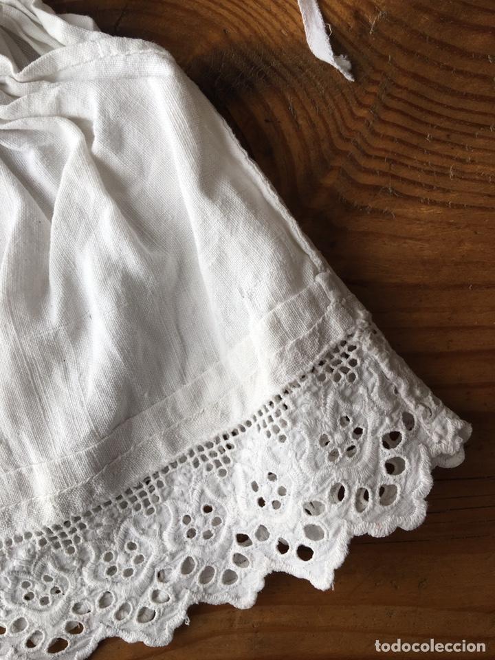 Vestidos Muñecas Españolas: Muy antiguo traje regional de indumentaria tradicional de muñeca s. XIX - Manteo agremanes bordada - Foto 22 - 138671832