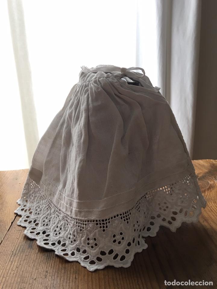 Vestidos Muñecas Españolas: Muy antiguo traje regional de indumentaria tradicional de muñeca s. XIX - Manteo agremanes bordada - Foto 29 - 138671832