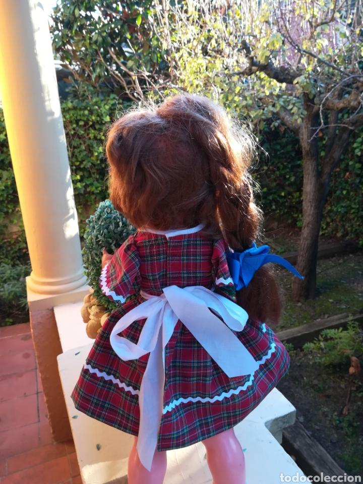 Vestidos Muñecas Españolas: Vestido cuadro escoces y braguita blanca para muñeca de 48 a 54 cm - Foto 2 - 139303650