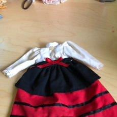 Vestidos Muñecas Españolas: CONJUNTO REGIONAL PARA PAOLA REINA. Lote 140399884
