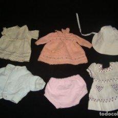 Vestidos Muñecas Españolas: LOTE DE VESTIDOS DE MUÑECA LESLY O SIMILARES. Lote 140902718