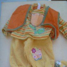 Vestidos Muñecas Españolas: CON JUNTO DE VESTIDITO O PIJAMA CON PATUCOS DE BABY BORN. Lote 141448418