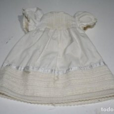 Vestidos Muñecas Españolas: VESTIDO ORIGINAL MUÑECA FAMOSA . Lote 144897858