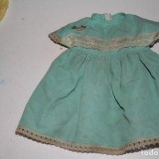 Vestidos Muñecas Españolas: VESTIDO ORIGINAL MUÑECA FAMOSA . Lote 145315750