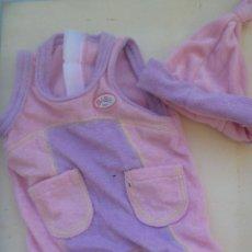 Vestidos Muñecas Españolas: CONJUNTO DE VESTIDITO O PIJAMA CON GORRO DE BABY BORN. Lote 150706698