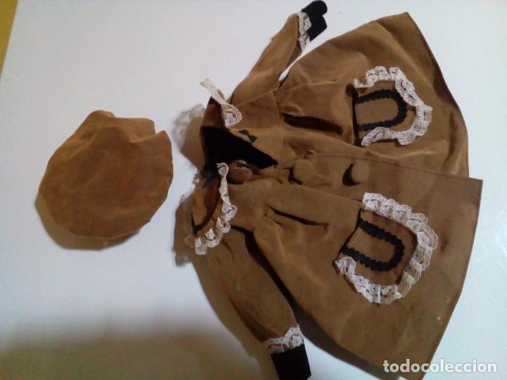 Vestidos Muñecas Españolas: tres vestidos de muñecas y accesorios - Foto 3 - 150762526
