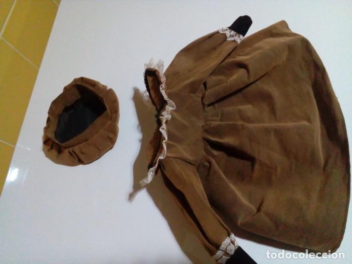 Vestidos Muñecas Españolas: tres vestidos de muñecas y accesorios - Foto 4 - 150762526
