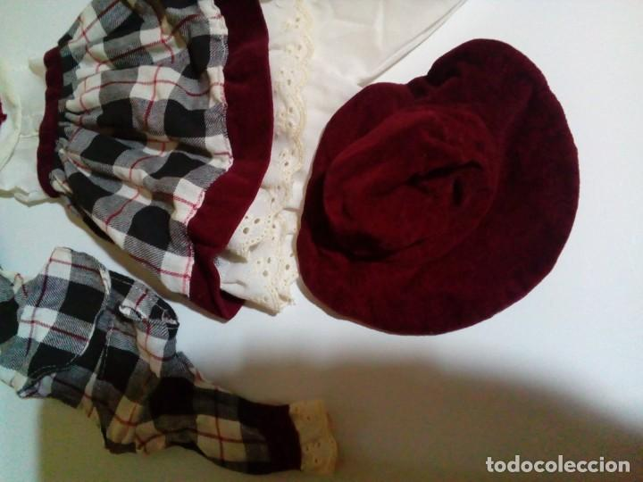 Vestidos Muñecas Españolas: tres vestidos de muñecas y accesorios - Foto 9 - 150762526
