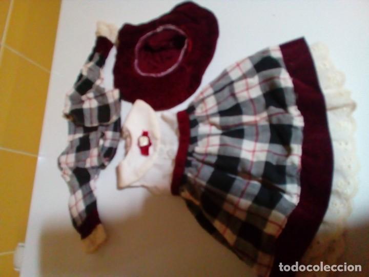 Vestidos Muñecas Españolas: tres vestidos de muñecas y accesorios - Foto 10 - 150762526