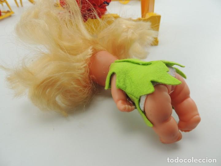 Kleider Spanische Puppen: lote muebles barriguitas de famosa - trona, cuna, tacata, armario , escritorio y caballito - Foto 12 - 151354082