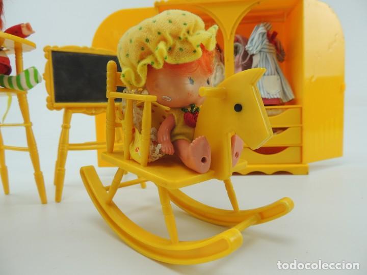Kleider Spanische Puppen: lote muebles barriguitas de famosa - trona, cuna, tacata, armario , escritorio y caballito - Foto 23 - 151354082