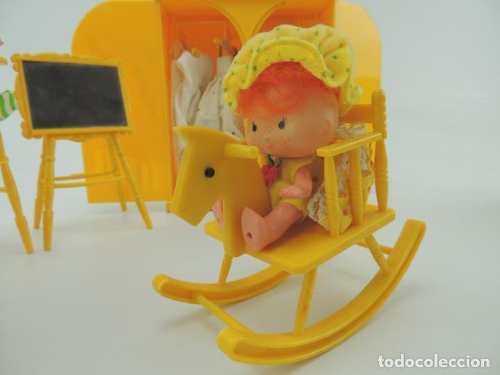 Kleider Spanische Puppen: lote muebles barriguitas de famosa - trona, cuna, tacata, armario , escritorio y caballito - Foto 24 - 151354082
