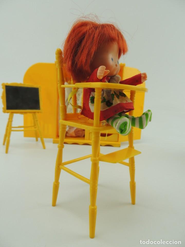 Kleider Spanische Puppen: lote muebles barriguitas de famosa - trona, cuna, tacata, armario , escritorio y caballito - Foto 39 - 151354082