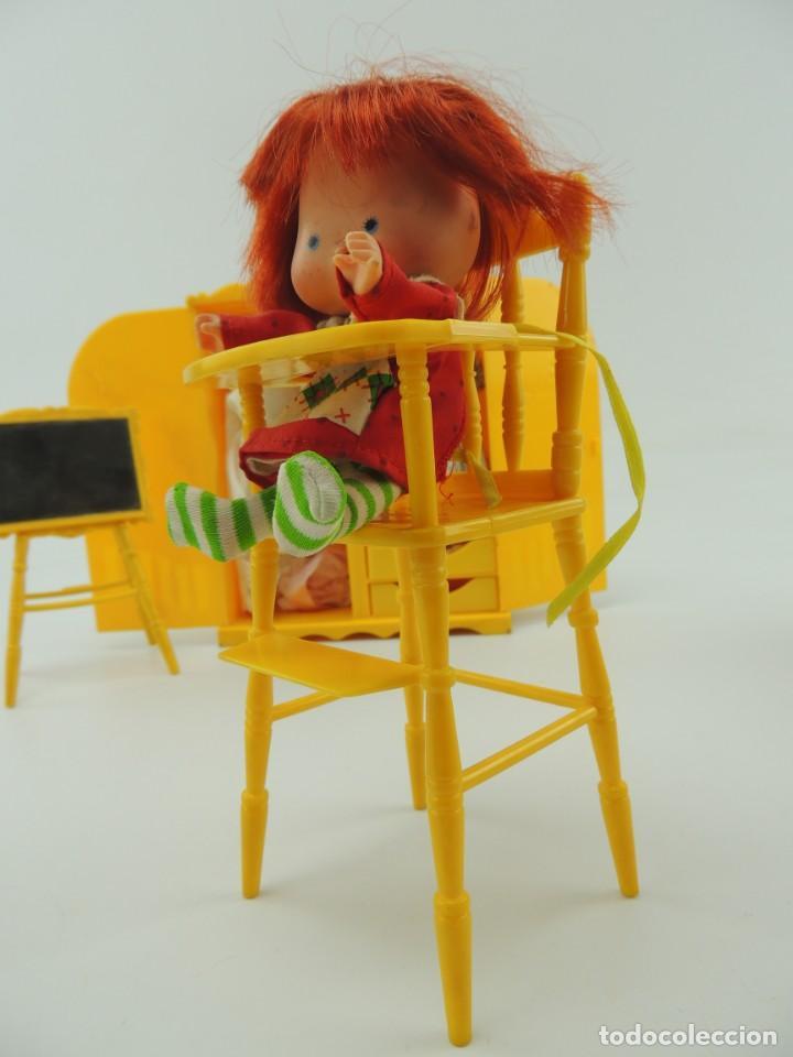 Kleider Spanische Puppen: lote muebles barriguitas de famosa - trona, cuna, tacata, armario , escritorio y caballito - Foto 40 - 151354082