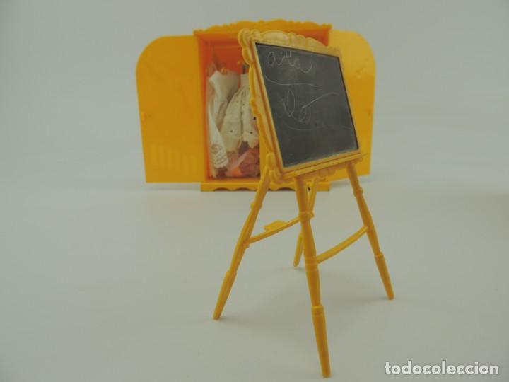 Kleider Spanische Puppen: lote muebles barriguitas de famosa - trona, cuna, tacata, armario , escritorio y caballito - Foto 47 - 151354082