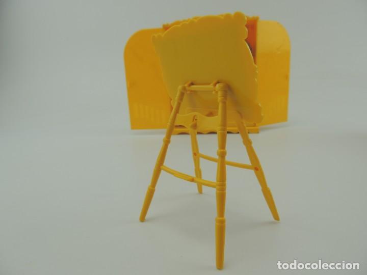 Kleider Spanische Puppen: lote muebles barriguitas de famosa - trona, cuna, tacata, armario , escritorio y caballito - Foto 48 - 151354082