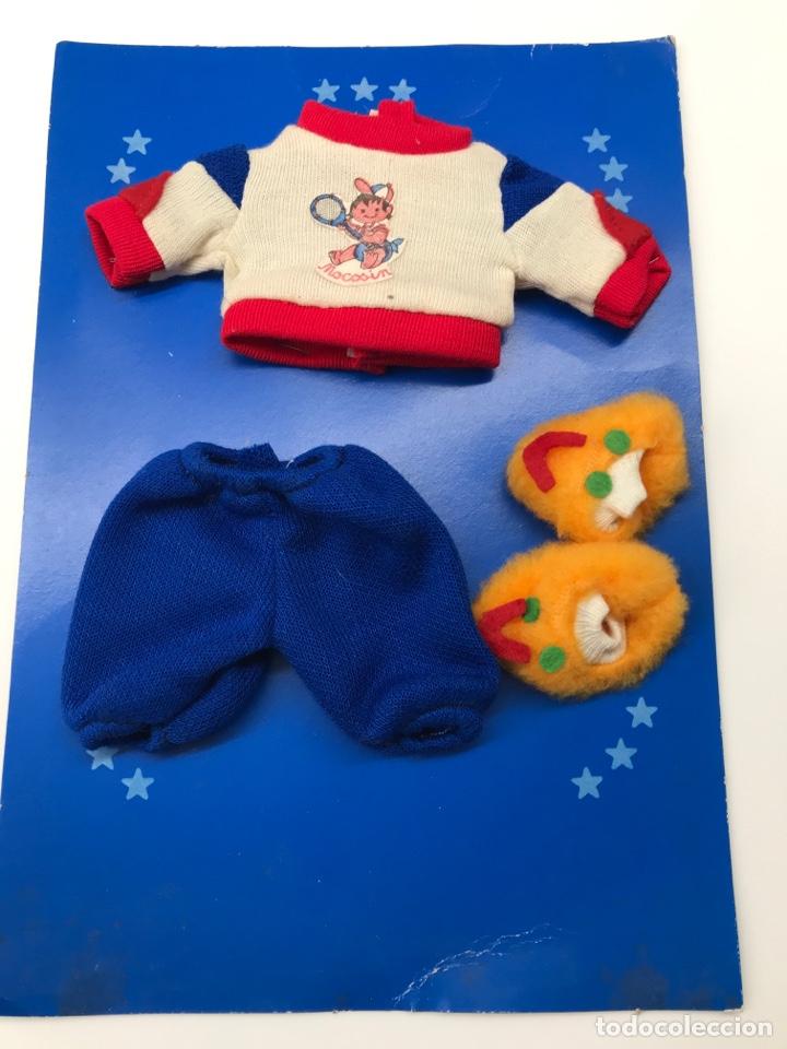 CONJUNTO PARA BABY MOCOSIN DE TOYSE EN ESTUCHE ORIGINAL (Juguetes - Vestidos y Accesorios Muñeca Española Moderna)