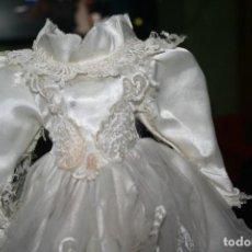 Vestidos Muñecas Españolas: VESTIDO MUÑECA TIPO ANTIGUO. Lote 159894550