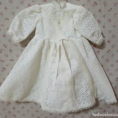 Vestidos Muñecas Españolas: == L12 - VESTIDO DE COMUNION DE MUÑECA ANTIGUA. Lote 160785834