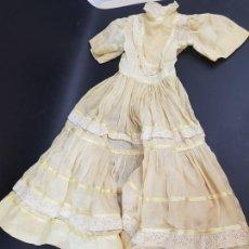Vestidos Muñecas Españolas: VESTIDO PARA MUÑECA GUENDOLINA DE FAMOSA. Lote 167180316