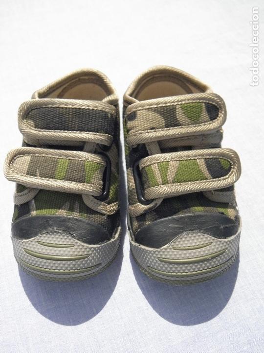 Vestidos Muñecas Españolas: Zapatillas camuflaje para muñeco bebé o reborn - Foto 3 - 171978913