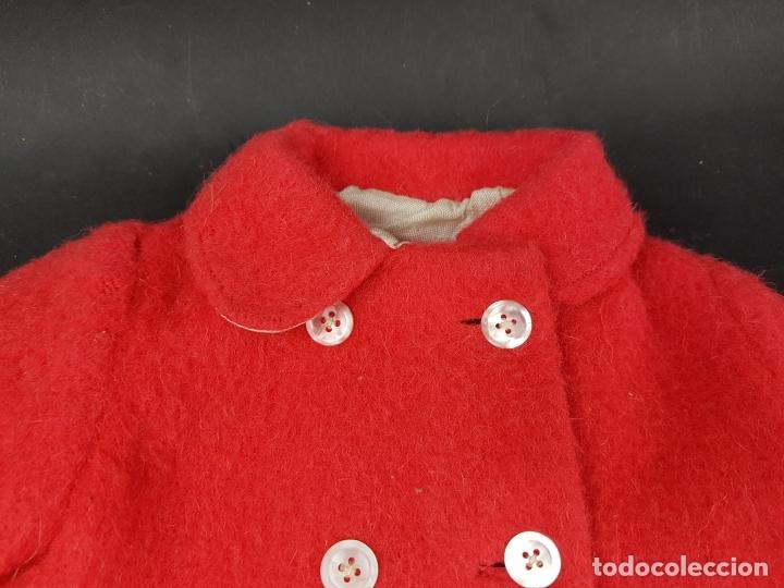 Vestidos Muñecas Españolas: abrigo rojo muñeca antigua - Foto 2 - 176223570