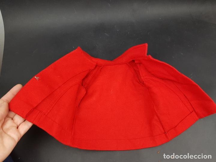 Vestidos Muñecas Españolas: abrigo muñeca antigua paño años 60 70 - Foto 5 - 176223852