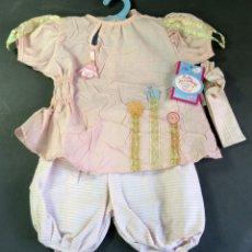 Vestidos Muñecas Españolas: CONJUNTO BEBÉ MUÑECA BABY ANNABELL ZAPF TAMAÑO NENUCO NUEVO. Lote 177400297