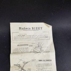 Vestidos Muñecas Españolas: INSTRUCCIONES MUÑECA BIZZY DE ICSA. Lote 179113393