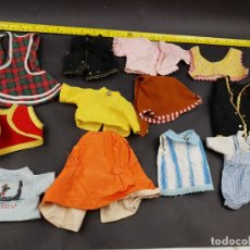 Vestidos Muñecas Españolas: LOTE DE ROPA MUÑECA. Lote 179337032