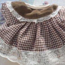 Vestidos Muñecas Españolas: VESTIDO TAMAÑO CAROLIN. Lote 180134243