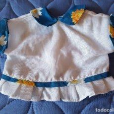 Vestidos Muñecas Españolas: == AB35 - BLUSITA PARA MUÑECA GRANDE - 17 CM. DE LARGO, 19 CM. DE ANCHO. Lote 182017322