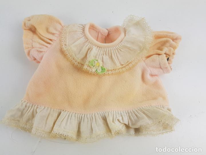 CAMISOLA O VESTIDO DE MUÑECA FAMOSA AÑOS 70 (Juguetes - Vestidos y Accesorios Muñeca Española Moderna)