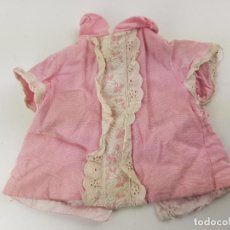 Vêtements Poupées Espagnoles: VESTIDO ROSA MUÑECA VIRGINIA O TRESSY NOVO GAMA. Lote 194530346