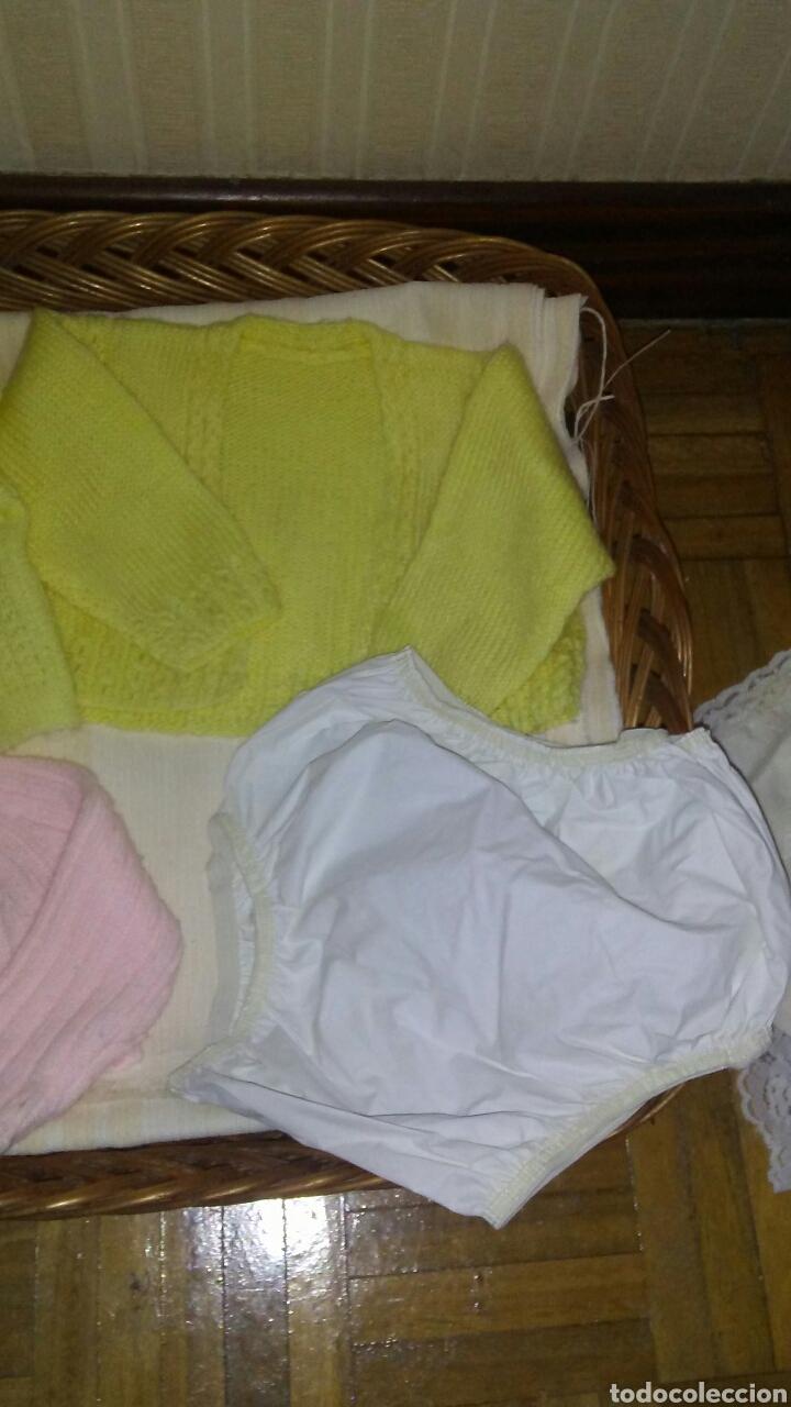 Vestidos Muñecas Españolas: Lote de 3 chaquetinas+braguita de plastico de muñeca Cuchi Cuchi ,tambien le sirve a la Dulzona . - Foto 3 - 195329191