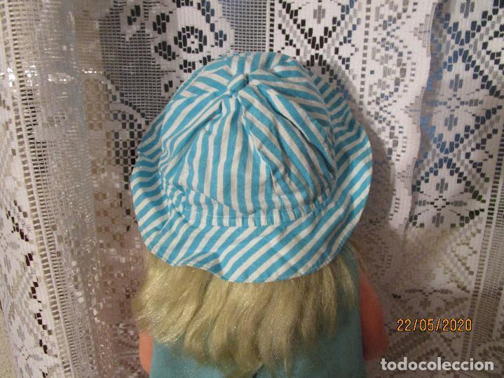 Vestidos Muñecas Españolas: BONITA GORRA GORRO A RAYAS BLANCAS Y AZULES PARA MUÑECA - Foto 3 - 205374175