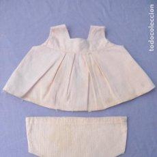 Vestidos Muñecas Españolas: CONJUNTO ROPA ANTIGUA ROSA DE MUÑECAS NOVO GAMA. Lote 205798317