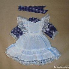 Vestidos Bonecas Espanholas: VESTIDO MUÑECA TAMAÑO NANCY DE FAMOSA - AÑOS 70. Lote 208935171