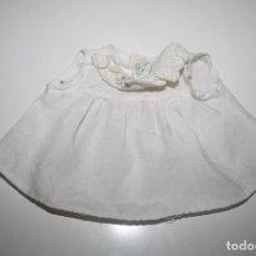 Vestidos Muñecas Españolas: VESTIDO CHIQUITIN/CHIQUITINA DE FAMOSA. Lote 209898338