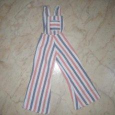 Vestidos Muñecas Españolas: MONO PETO A RAYAS MUÑECA FANNY VICMA. Lote 211931702