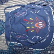 Vestidos Muñecas Españolas: HERMOSO DELANTAL BORDADO A MANO, PARA NIÑAS, NUEVO. Lote 215081357
