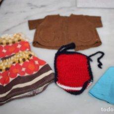 Vestidos Muñecas Españolas: VESTIDOS PARA MUÑECAS HECHO A MANO. Lote 215112976