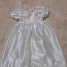 Vestidos Muñecas Españolas: VESTIDO DE COMUNION DE MUÑECA DE LOS AÑOS 80. Lote 219004526