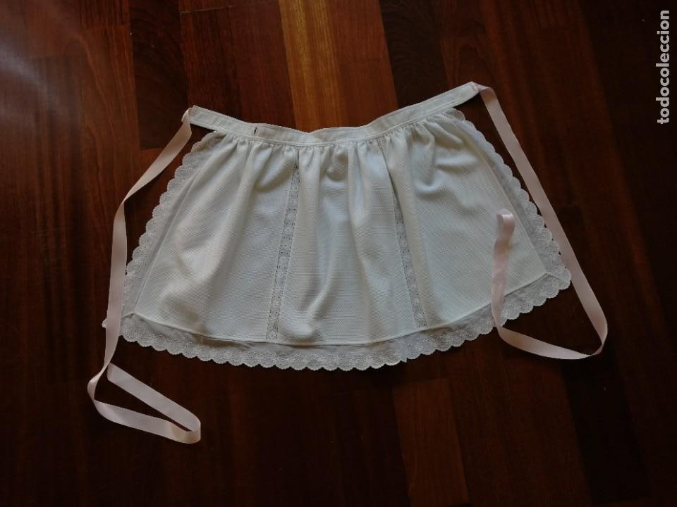 Vestidos Muñecas Españolas: Faldón para bebé o muñeca en piqué y bordado suizo años 80 - Foto 2 - 225966711
